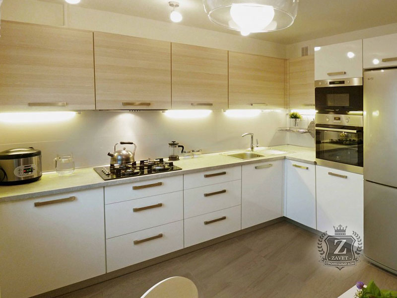 Интерьер квадратной кухни фото